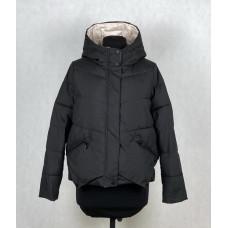 Короткая куртка с капюшоном Vivilona 9001